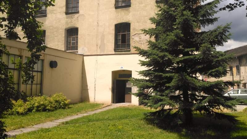vstup-do-budovy